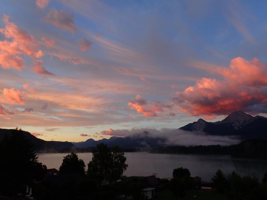 Faaker See, Drobollach, Villach, Kärnten, Morgenröte, Mittagskogel, Südsee, Österreich, Seehotel